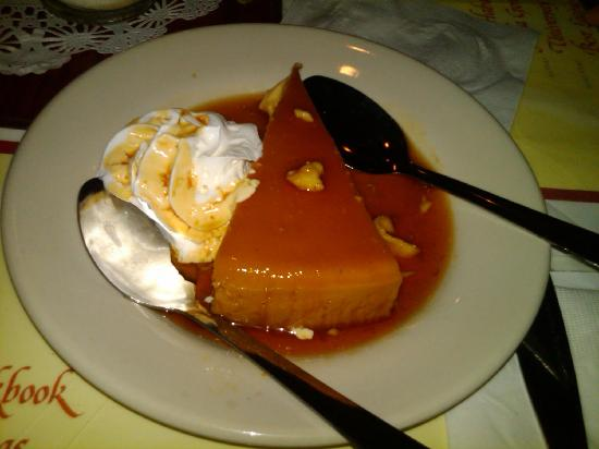 Habana Cafe: cheesecake flan