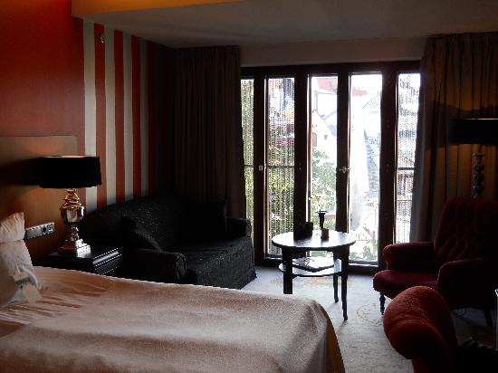 Hotel Telegraaf: My room. With the sitting area by the window.