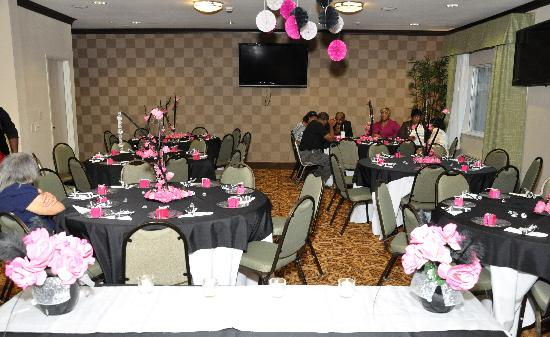 Meeting Room All Decorated - Picture Of Baymont By Wyndham Dallas   Love Field  Dallas
