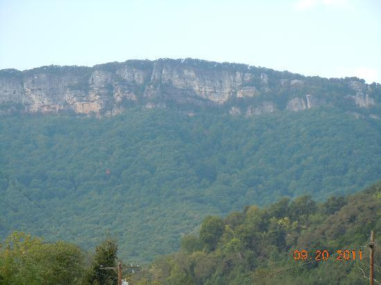 Cumberland Gap National Historical Park: View of White Rock on the Cumberland Mountain from the road below.
