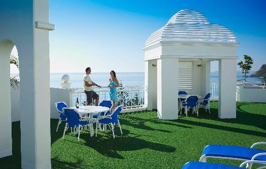 Burleigh Mediterranean Resort