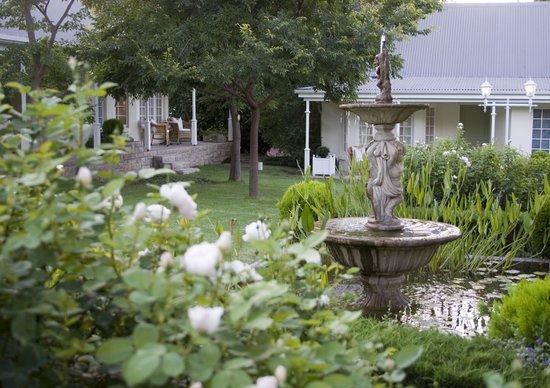 Rosenhof Country House: Rosenhof Courtyard