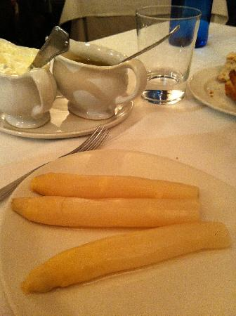 Julian de Tolosa: Asparagus (Huge !)