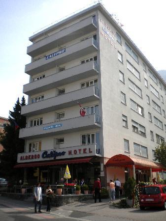Calipso Hotel: the facade of the Calypso Hotel