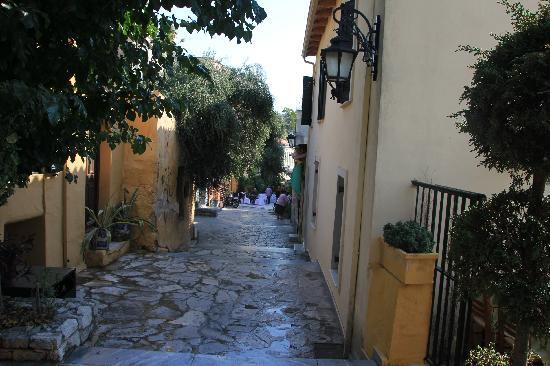 Taverna O Thespis : Street for the taverna