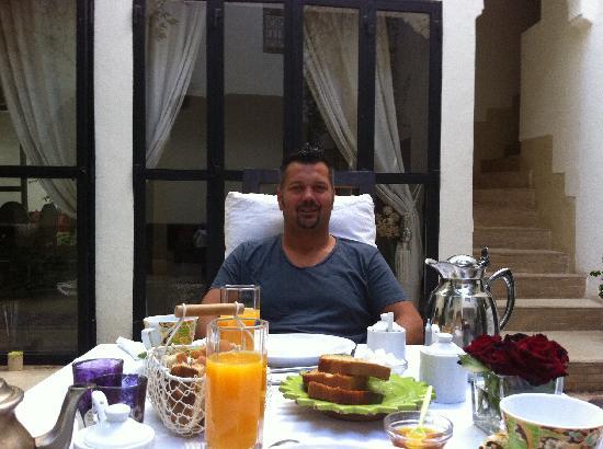 Riad Davia: Service, petit déjeune et plats délicieux
