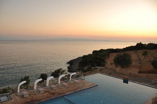 أدرينا ريزورت أند سبا: Adrina Resort & Spa Sunset