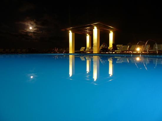 Sea Side Resort & Spa: Vue de nuit