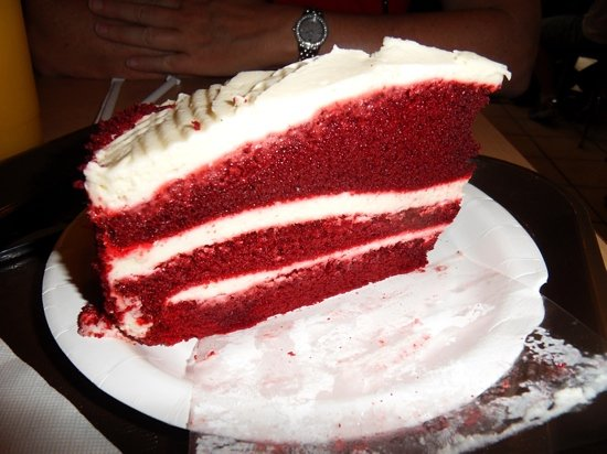 Fluffy's Cafe : red velvet cake, so good but so rich I could not finish!