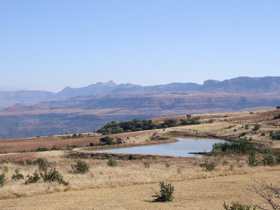 Drakensberg Mountain Retreat: looking across the dam to the north