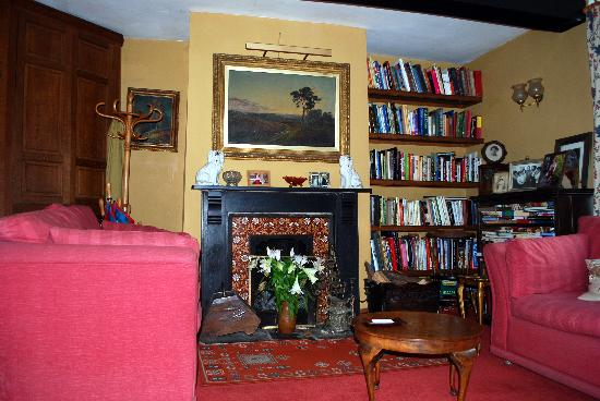 Broome Farmhouse: Cosy sitting room
