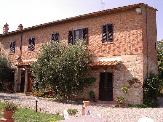 La collina degli olivi ranch reviews price comparison for Piani casa ranch in collina