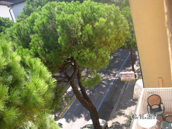 Garni Tosca: view