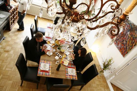 Stars Guesthouse Berlin: Breakfast Room
