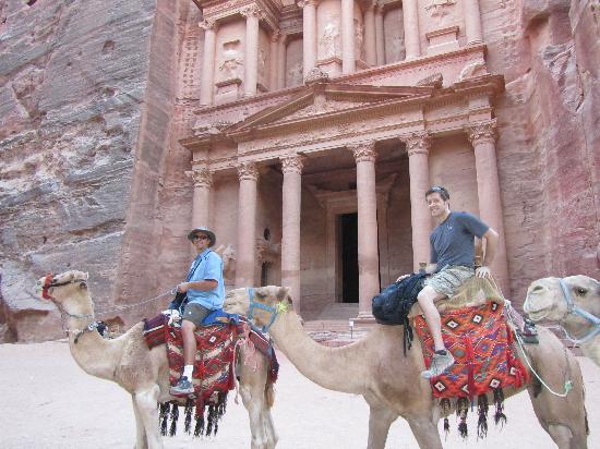 มรดกโลกเปตรา: Camel Rides as Treasury