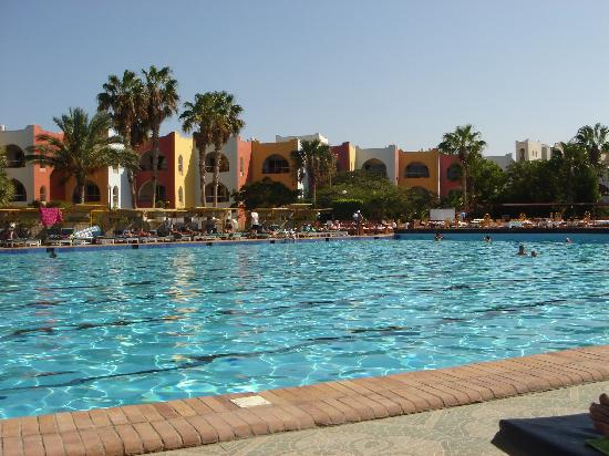Arabia Azur Resort: Lækker stor Pool
