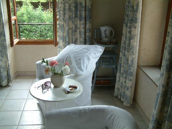Larnage, France : Comfortable chairs.