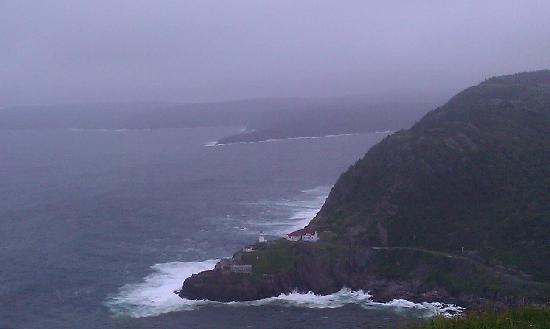 ซิกแนลฮิลล์: day time out toward the ocean