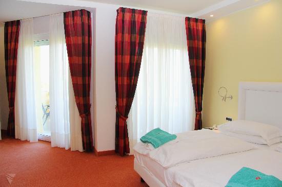 Hotel Leonardo Da Vinci Terme & Golf: Camera