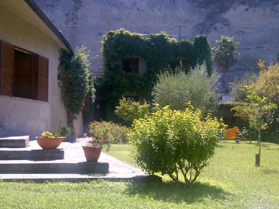 Villa Giada: the beautiful facade