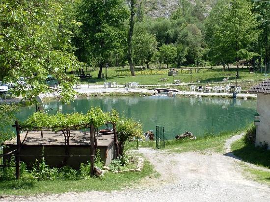 Lama Mocogno, Италия: Il lago da pesca