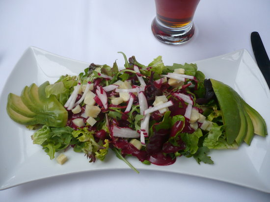 Chinook Family Restaurant : Salad course at the Terrace Restaurant at the BPL.