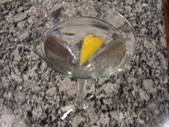 Perry's On Fremont: Martini with a twist at POF