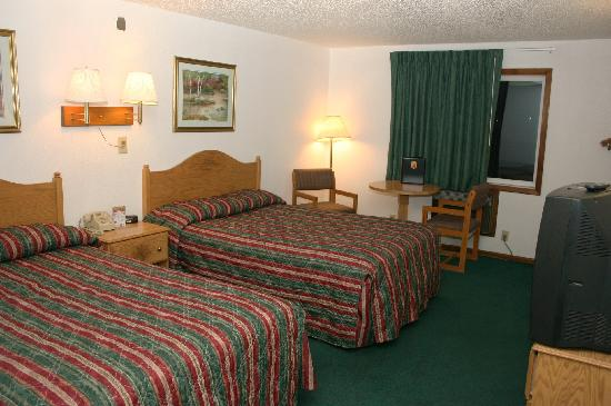 Super 8 Sheridan: 2 Double Beds