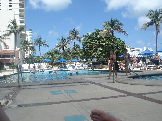 View picture of miami beach resort and spa miami beach for 7 salon miami beach