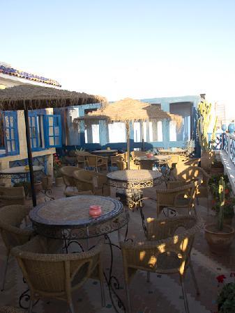Hotel Riad Nakhla: Terrasse pour le petit déjeuner