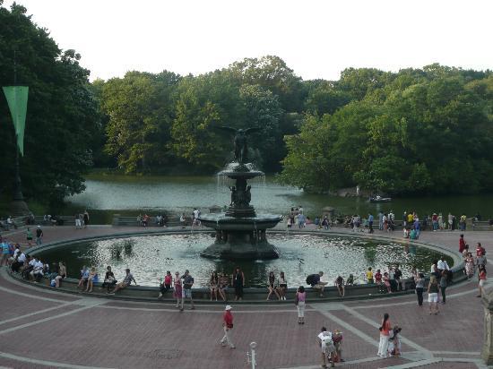 เซ็นทรัลปาร์ค: Bethesda Fountain