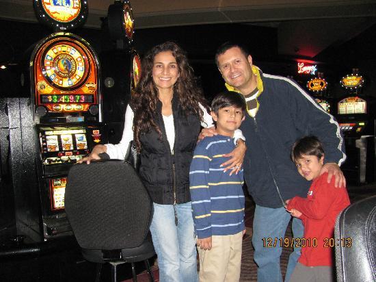 ทีไอ-เทรชเชอร์ ไอส์แลนด์ โฮเต็ล แอนด์ คาสิโน: super casino