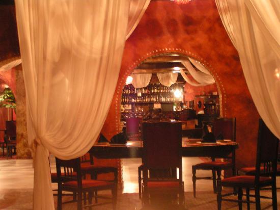 Hotel Trivia Antique: the restaurant