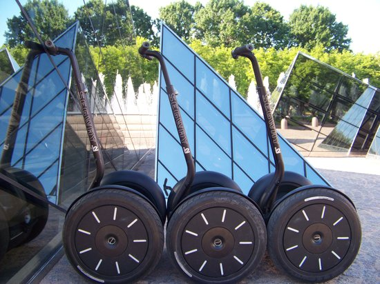 Private DC Segway Tours: Segway's Gyroscope Technology is Amazing!
