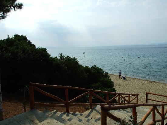 Trikorfo Beach Resort : La spiaggia di Trikorfo