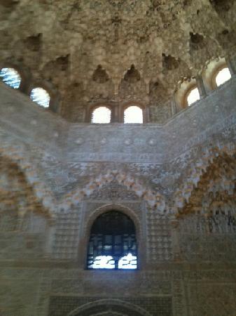 อัลฮัมบรา: azuléjos bleutés. Alhambra de Grenade.