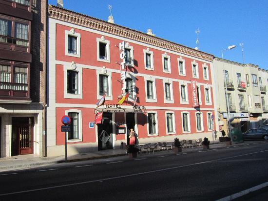 local acompañante del hotel grasa cerca de Valladolid