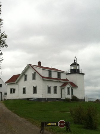 Fort Point Light