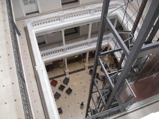 Merit Gran Hotel Victoria : Atrium Lobby