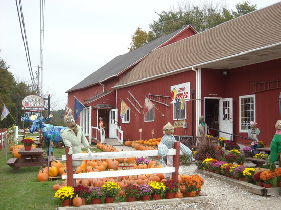 ‪The Apple Barn and Country Bake Shop‬