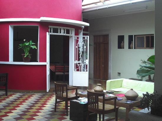 Hotel Villa Del Centro : Entrada al Comedor (otro ángulo)