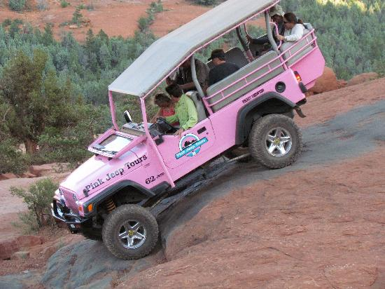 Pink Jeep Tours Sedona: Down they go!