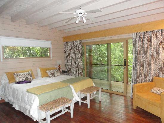 La Cantera Jungle Lodge: Habitación planta baja