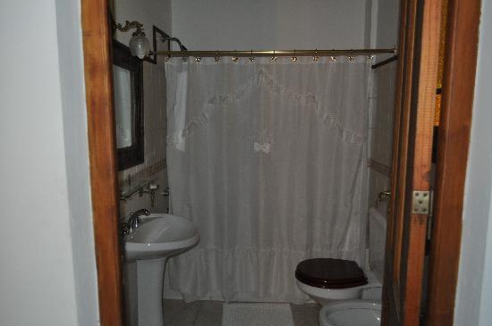Estancia La Vasquita: bagno