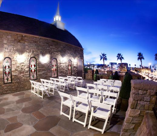 Vegas weddings las vegas 2018 all you need to know for 702 weddings terrace