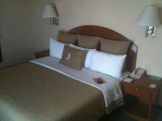 Nogales, Mexico: Bed
