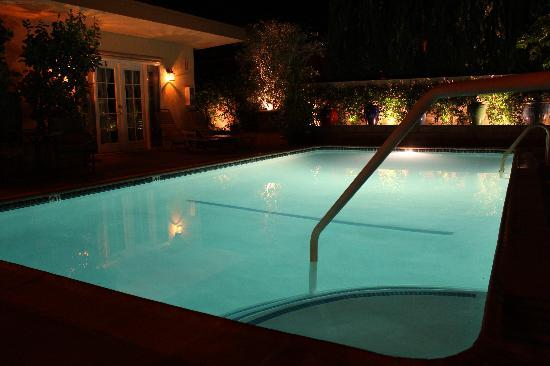 Old Ranch Inn: View of Pool at night!