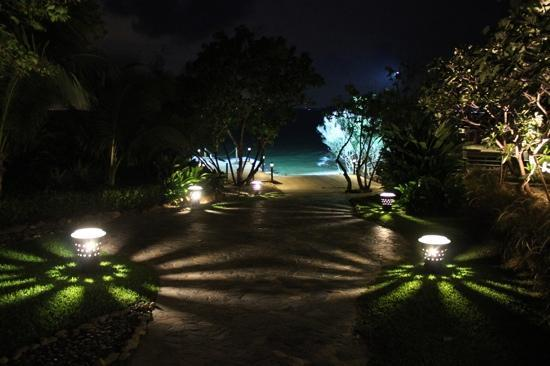 Paradee Resort & Spa Hotel: Hotel grounds