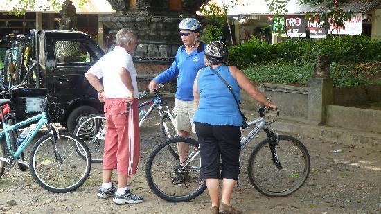 อูบุด, อินโดนีเซีย: End of the ride