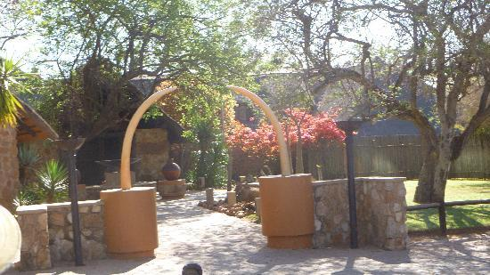 Mabula Game Lodge: The entry to reception